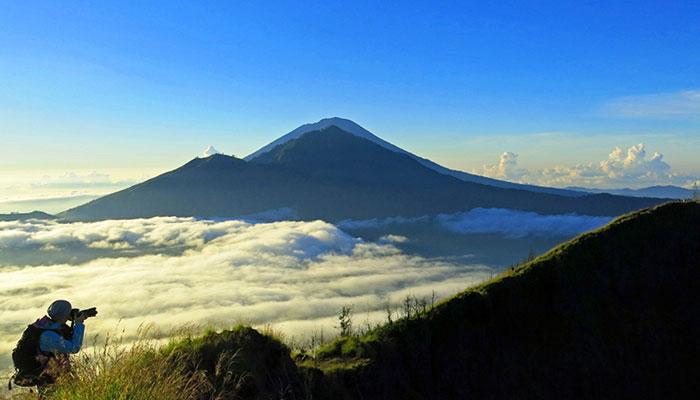 Mount Batur - Flores Dragon Tour